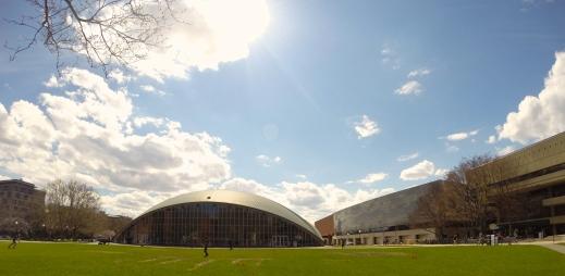 Kresge Auditorium, Eero Saarinen